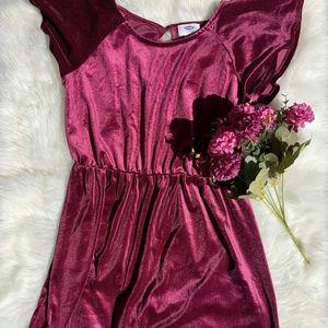 🌵A burgundy dress